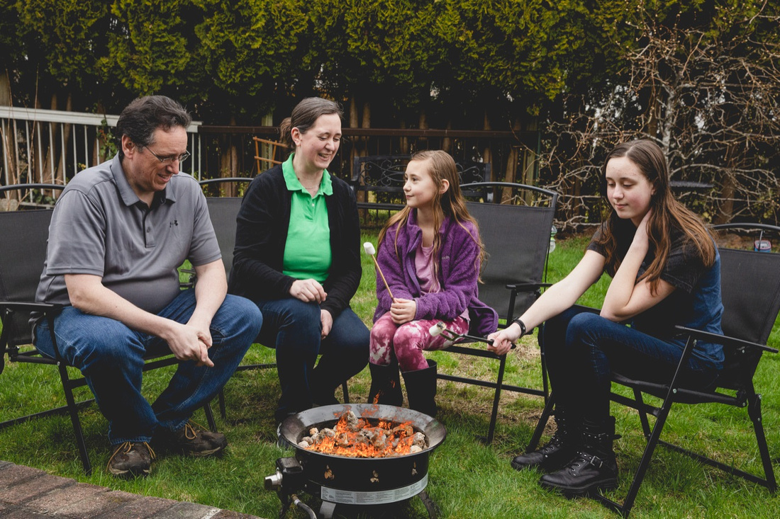 What is Family Lifestyle Photography? (Plus Other Questions) | Photos by Cheryl
