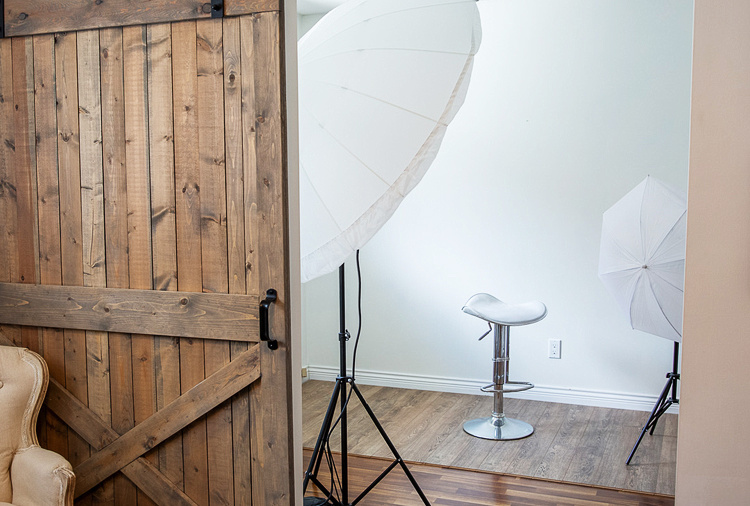 The Importance of Lighting in Professional Photography | Photos by Cheryl