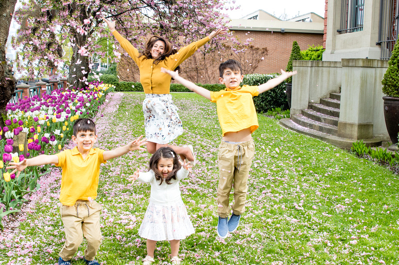Photos by Cheryl - How to Dress Great in Your Upcoming Photoshoot - yellow coordination example